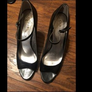 Guess peep toe heel used size 8 1/2